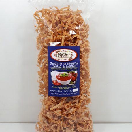 χυλοπιτες με ντοματα, σκορδο και βασιλικο